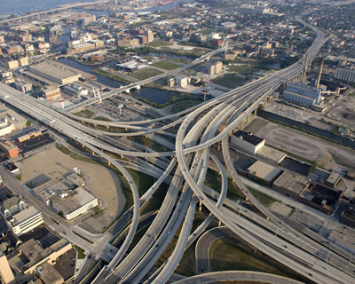 Marquette Interchange, Milwaukee (Image Courtesy: FHWA)